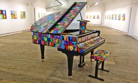pop art piano